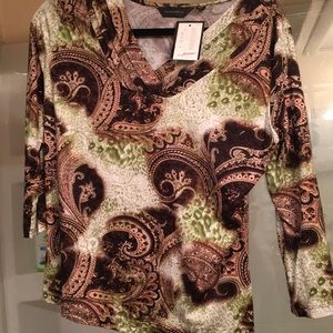 NWT Investments V-neck blouse for fall S small